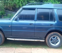 land-rover-discovery-small-1