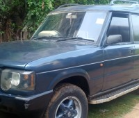 land-rover-discovery-small-0