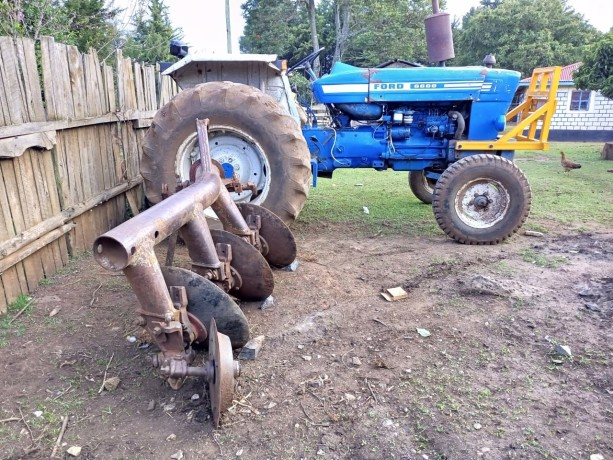 tractor-ford-big-7