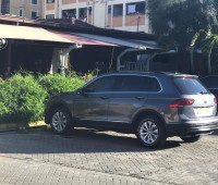 2017vw-tiguan-model-4wd-automatic-diesel-and-has-58000-km-small-0