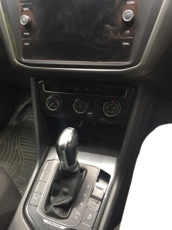 2017vw-tiguan-model-4wd-automatic-diesel-and-has-58000-km-big-2