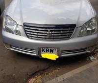 toyota-crown-small-3