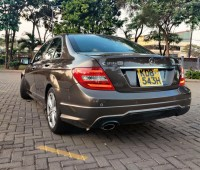 mercedes-benz-c180-7g-tronic-small-2