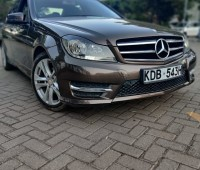 mercedes-benz-c180-7g-tronic-small-0