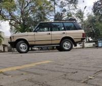 range-rover-classic-1985-model-small-3
