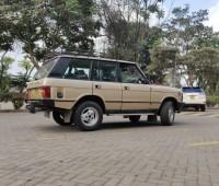 range-rover-classic-1985-model-small-1