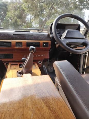 range-rover-classic-1985-model-big-7
