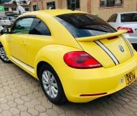 volkswagen-beetle-tsi-small-5