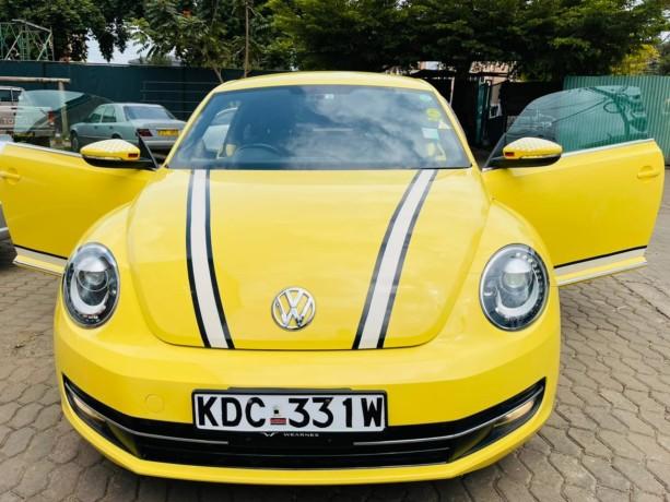 volkswagen-beetle-tsi-big-0