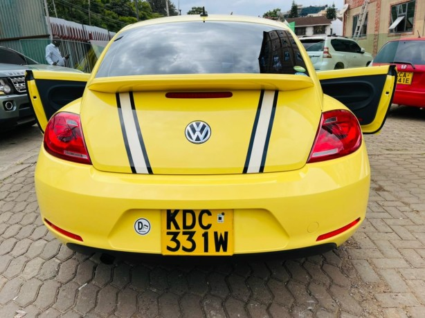 volkswagen-beetle-tsi-big-4