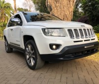 jeep-compass-limited-small-0