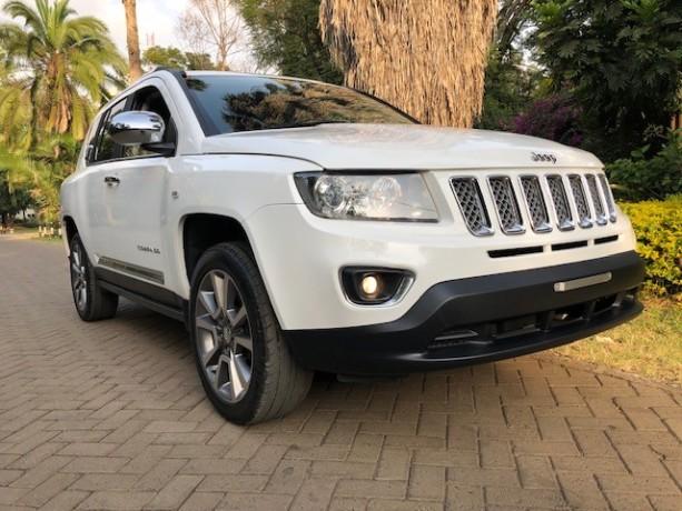 jeep-compass-limited-big-0