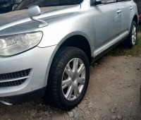 volkswagen-touareg-for-sale-small-1
