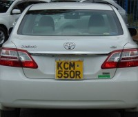 car-hire-and-rental-service-0700252501-small-4