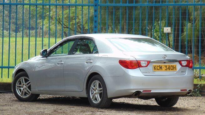 car-hire-and-rental-service-0700252501-big-7