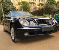 mercedes-benz-e200-elegance-small-0