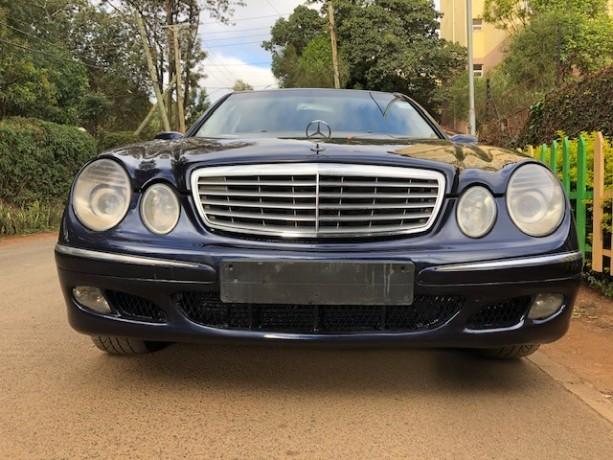 mercedes-benz-e200-elegance-big-3