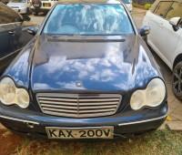 mercedes-benz-c200-quick-sale-small-0