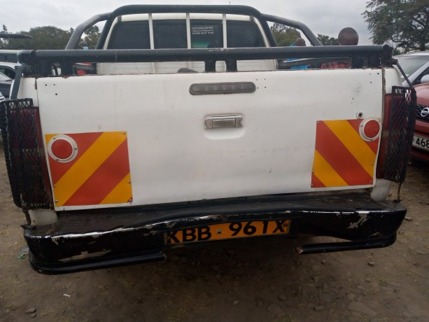 toyota-hilux-for-sale-big-2