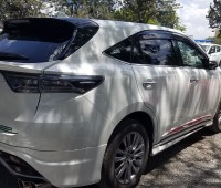 toyota-harrier-small-2