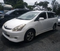 toyota-wish-for-sale-small-8