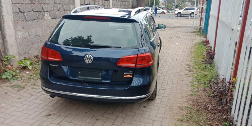volkswagen-passat-variant-big-5