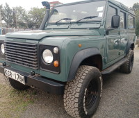 land-rover-110-small-7