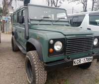 land-rover-110-small-0