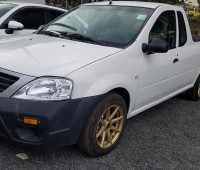 nissan-np200-pick-up-small-1