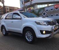 toyota-fortuner-small-2