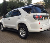 toyota-fortuner-small-1