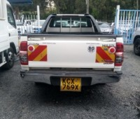 toyota-hilux-small-5
