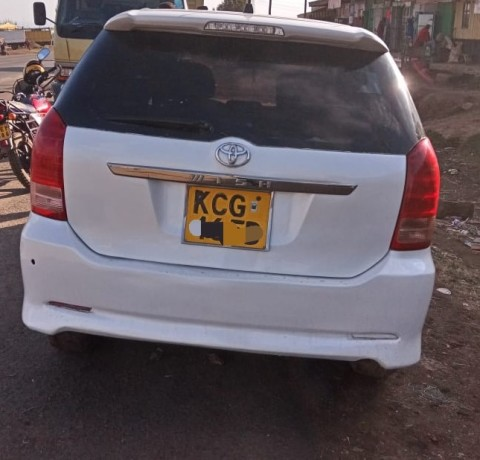 toyota-wish-for-sale-in-good-condition-big-0
