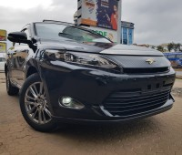 toyota-harrier-sunroof-full-leather-small-0