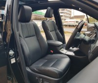 toyota-harrier-sunroof-full-leather-small-4