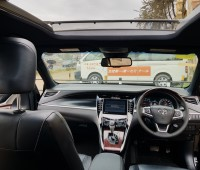 toyota-harrier-sunroof-full-leather-small-5