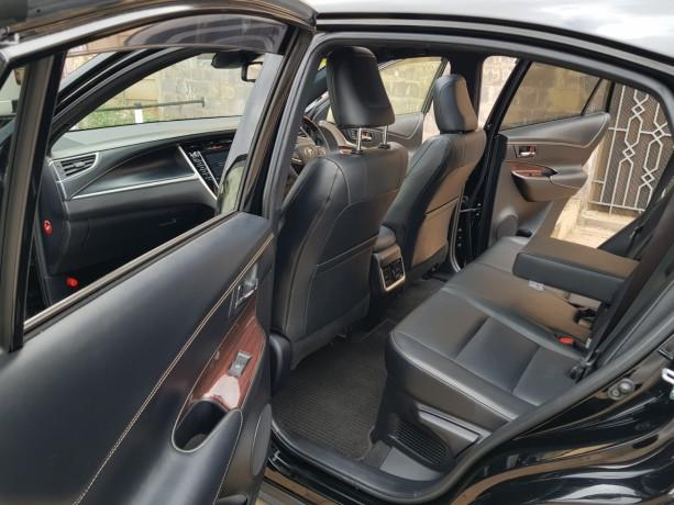 toyota-harrier-sunroof-full-leather-big-2