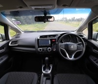 2014-honda-fit-13g-f-package-small-2