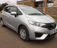 2014-honda-fit-13g-f-package-small-0