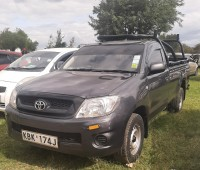 toyota-hilux-2009-small-1