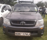 toyota-hilux-2009-small-0