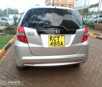 extremely-clean-honda-fit-small-1