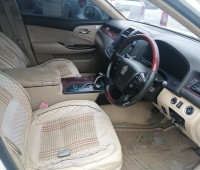 toyota-crown-small-7