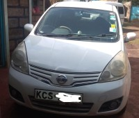 nissan-note-201-small-2