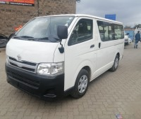 toyota-hilux-small-1