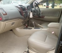 toyota-hilux-for-sale-small-2