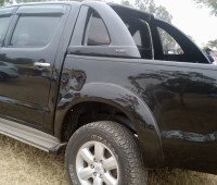 toyota-hilux-for-sale-small-9