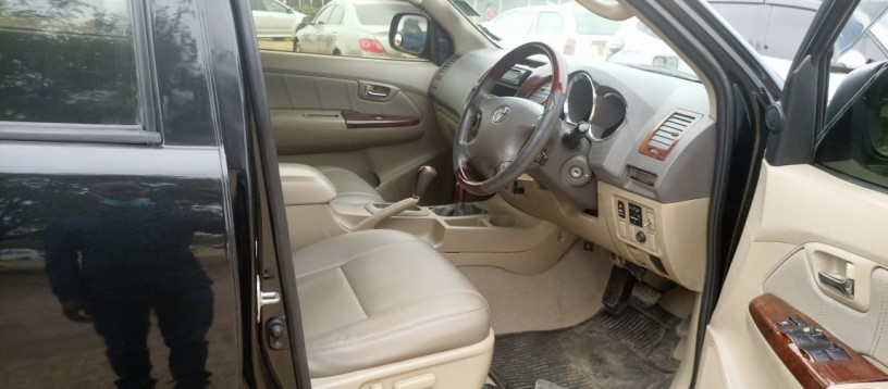 toyota-hilux-for-sale-big-5