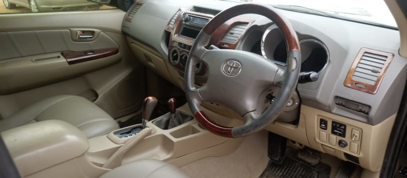toyota-hilux-for-sale-big-4