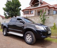 toyota-hilux-for-sale-small-1